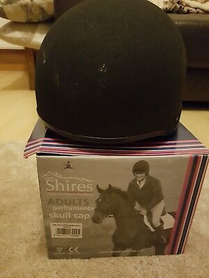 SHIRES ADULT SKULL CAP HORSE RIDING HAT/HELMET 60cm / 7.5 Kitemarked PAS 015