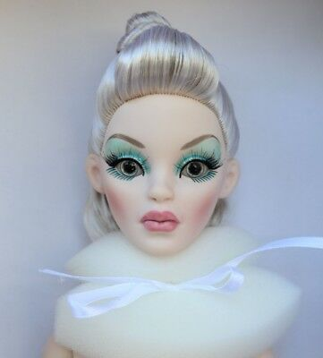 Ice Storm Parnilla Doll Evangeline Ghastly Robert Tonner Wilde Imagination NUDE