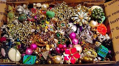 Huge Vintage To Now Junk Drawer Earrings Lot Estate Find Unsearched Untested