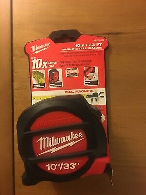 Milwaukee Magnetic Tape Measure 10m/33 Feet