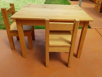 child table and 2 chairs raw pine suit 2-4 years