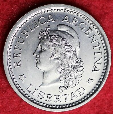 1962 Republic Of Argentina One Peso Nickle Clad Steel World Coin