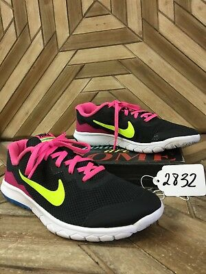 NIKE Kids Girls' Flex Experience 4 Running Shoes in Black/Pink Size 6Y (S2832)