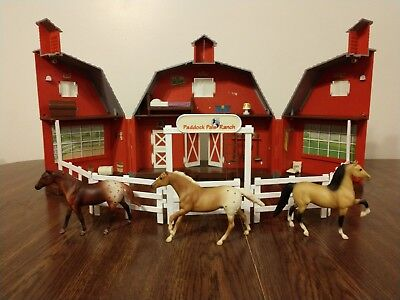 Breyer Paddock Pals Ranch Carrying Case with Accessories and 3 Horses