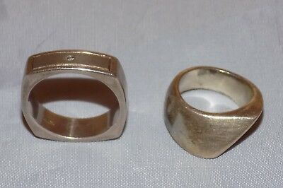 2 Vintage Hallmarked 925 Heavy Sterling Silver Modernist Rings - Weight = 20g