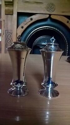 Pair of 1909 Henry Wigfull, Sheffield 1909 Pepper Pots