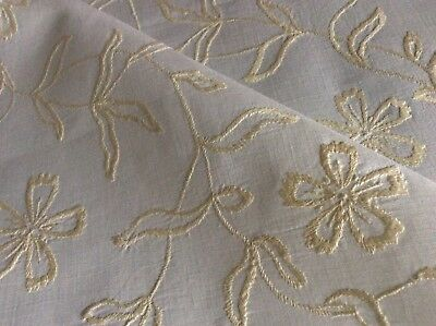Beautiful Vintage Linen Hand Embroidered Tablecloth ~ Cream On White Florals