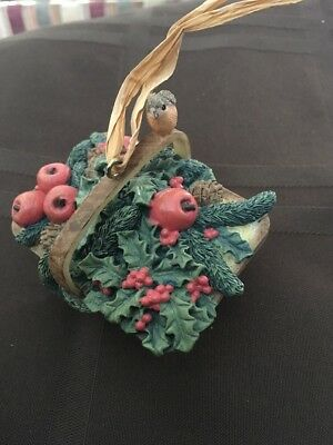 HALLMARK KEEPSAKE CHRISTMAS ORNAMENT NATURES SKETCHBOOK Winter Basket