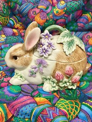 Fitz and Floyd Essentials Botanical Bunny Rabbit Covered Candy Dish Trinket Box