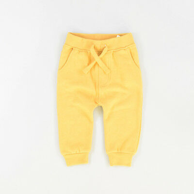 Pantalón color Amarillo marca Rebel 12 Meses