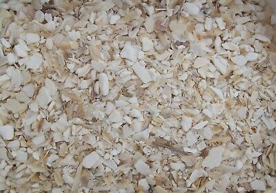 100 g. LUCKY REPTILE BIO CALCIUM SEPIA CRUSHED STÜCKE CRUSH