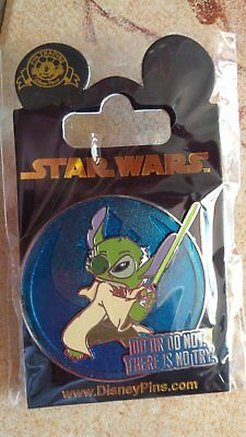Pin's Disney Star Wars Stitch YODA