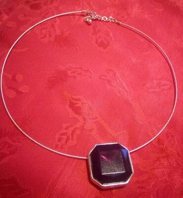 Vintage silver tone metal wire necklace wine purple red square pendant