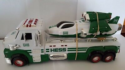 Hess  2014   Toy Truck And Space Cruiser  With Scout  50 Years ..no  Box.