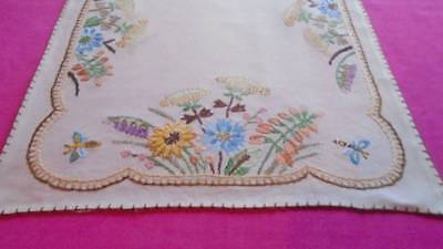 Antique Linen Table Centre~Superb Hand Embroidered English Country Flowers ~Bees
