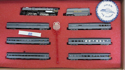 """Con-Cor 8509 """"Portland Rose"""" Union Pacific Passenger Set with extras. N-Scale"""