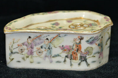 Antique Chinese Hand Painted Porcelain Cricket Box Famille Rose Qing