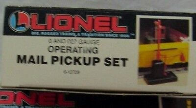 Lionel 6-12729 Operating Mail Pickup Set   New  Mint