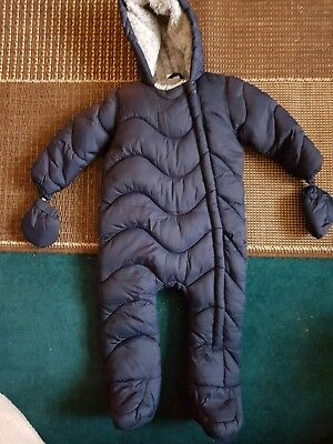 Boys snowsuit with mittons attached 9-12 months