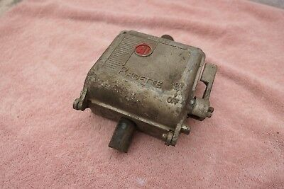 Vintage Retro Cast Metal Bill Radette 3 Phase Switch Fuse Box Q.1426