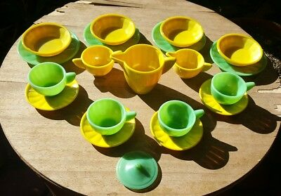 20pcs - Vtg Akro Agate Deco Green & Yellow Child's Dish Set Assorted Pieces USA