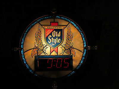 Vintage Heileman Old Style Clock with  Illuminated Stain Glass 1988
