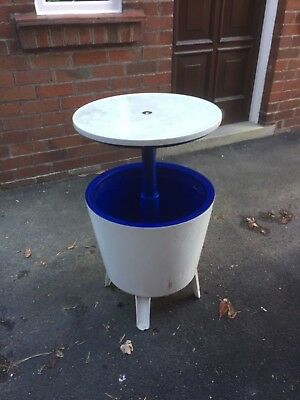 Garden beer wine cooler ice box table stand