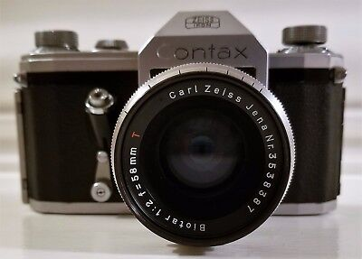 1950s Carl Zeiss Jena BIOTAR Lens f/2 58mm Red-T with Zeiss Ikon Contax Camera
