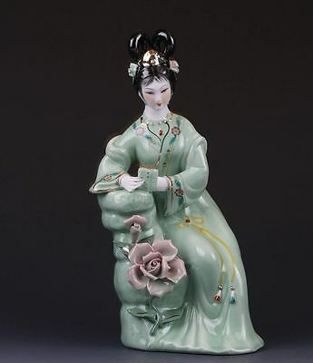 Chinese The Color Porcelain Handwork Carved Beautiful Gril Statues G360