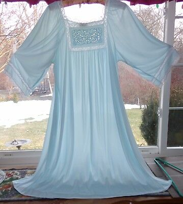 Beautiful Light Blue Soft Nitie night gown sheer & silky size XL Brownstone NY