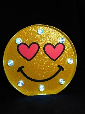Light Up Emoji Smiling Happy Face with Heart Eyes Wall/Shelf Decor