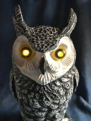 Vintage Hooting Owl w/Light Up Eyes Motion Activated Prop Figure Works Halloween