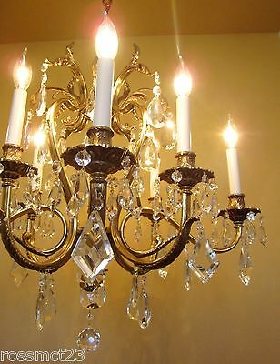 Vintage Lighting glamorous 1970s crystal chandelier by Lightolier