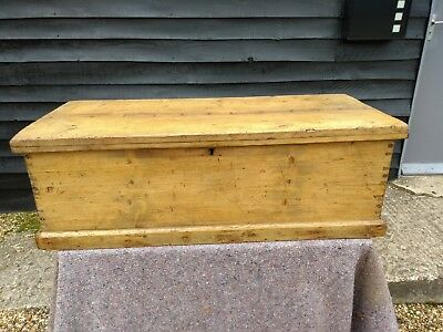 CHARACTERFUL 19th CENTURY PINE SMALL BLANKET TRINKET BOX CHEST TRUNK ANTIQUE