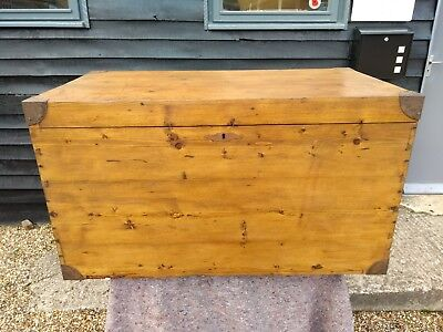 LOVELY 19th CENTURY PINE LARGE BLANKET BOX CHEST TRUNK ANTIQUE VICTORIAN