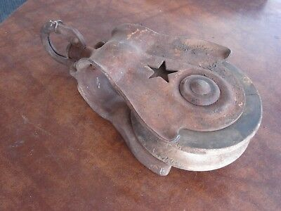Vintage Primitive Cast Iron Wood  Starline Star Farm Barn Pulley Rusty Ar Lot 1