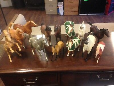 Lot Of 13 Breyer Horses Very Nice Selection