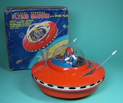 Original Ko Flying Saucer With Space Pilot Battery Op Made In Japan   + Orig Box