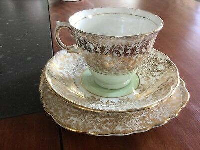 Colclough Trio Chintz Gold With Mint Green Centre English Bone China