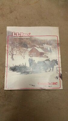 L.L. Bean Christmas 1987 Catalog in like new condition ; VINTAGE