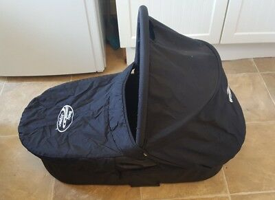 Baby Jogger Deluxe Carrycot with Adaptors, Rain Cover and Mosquito Net