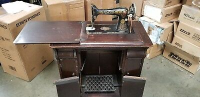 Vintage Singer Sewing Machine Model 15 with Solid Wood Cabinet and accesories