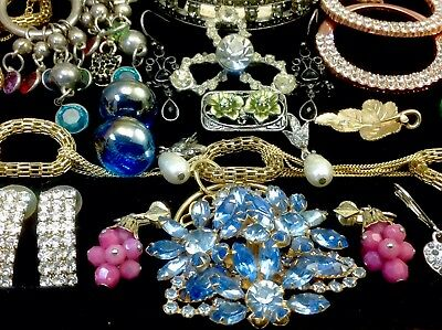 Large Lot Of Vintage~Now Rhinestone, Crystal, Glass... Jewelry  (E213)