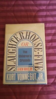 SLAUGHTERHOUSE FIVE by Kurt Vonnegut, Jr. 1969 First Edition, Third Printing VG