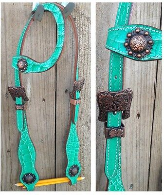New one ear western bridle antique look conchos and buckles. Full sz mint green