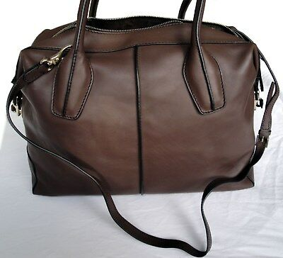 957b59aae9 TOD'S BAULETTO LARGE Taupe Leather Satchel Bag - Excellent Condition ...