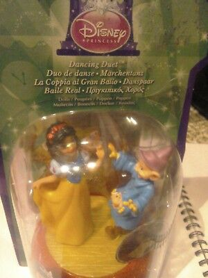 Disney Princess Snow White And Dwarf Dancing Duet Toy / Cake Topper