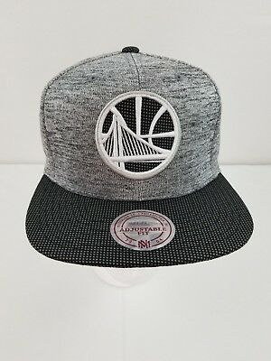 sports shoes 0c780 c45d1 Golden State Warriors Mitchell   Ness NBA Space Crown Snapback Headwear