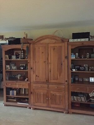 Broyhill Furniture Entertainment Center 3 Piece Wall Unit 2 Ends Are Lighted