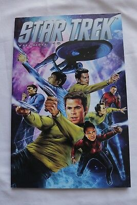 STAR TREK VOLUME 10 (Graphic Novel Paperback)